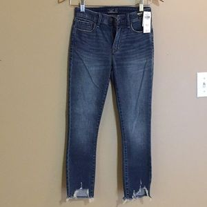 A & F: Mid-Rise Super Skinny Ankle Jeans - 25R